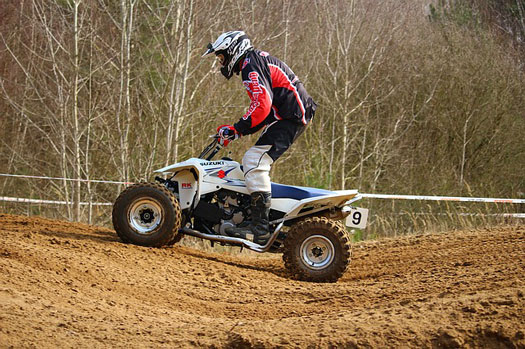 conducción de quads y ATV