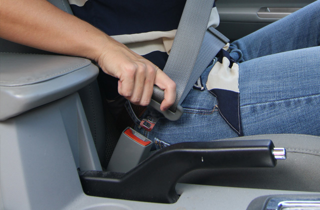 En un accidente el mejor seguro de coche es el cinturón de seguridad