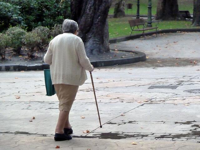 Los mayores de 65 años pidenmedidas para mejorar su seguridadvial