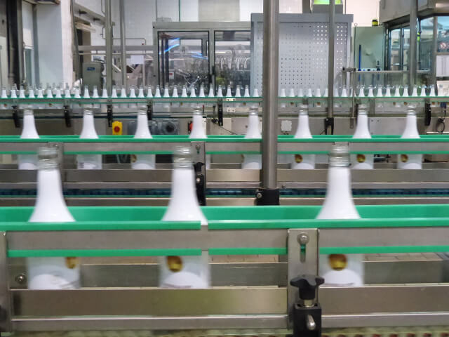 Los seguros indemnizan más de 200.000 siniestros al año en fábricas y talleres