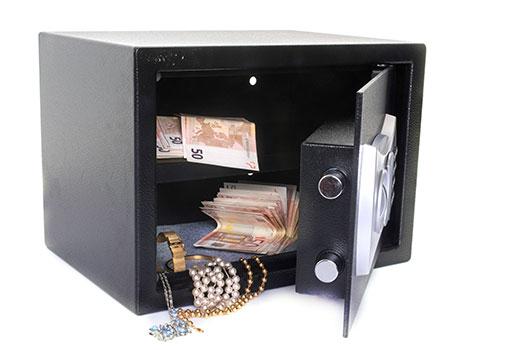 objetos de valor en caja fuerte