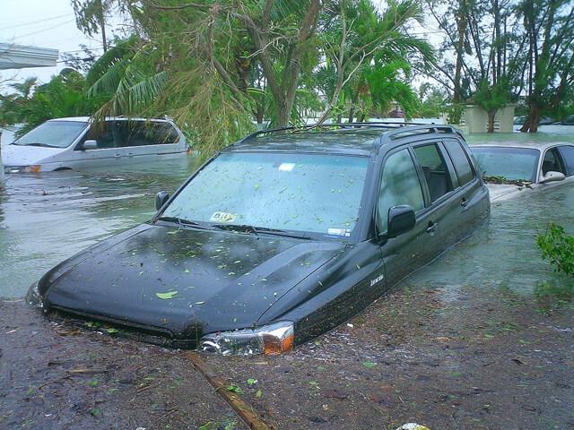 El seguro de coche se apoya en el Consorcio de Compensación de Seguros para cubrir los daños causados por siniestros como las inundaciones