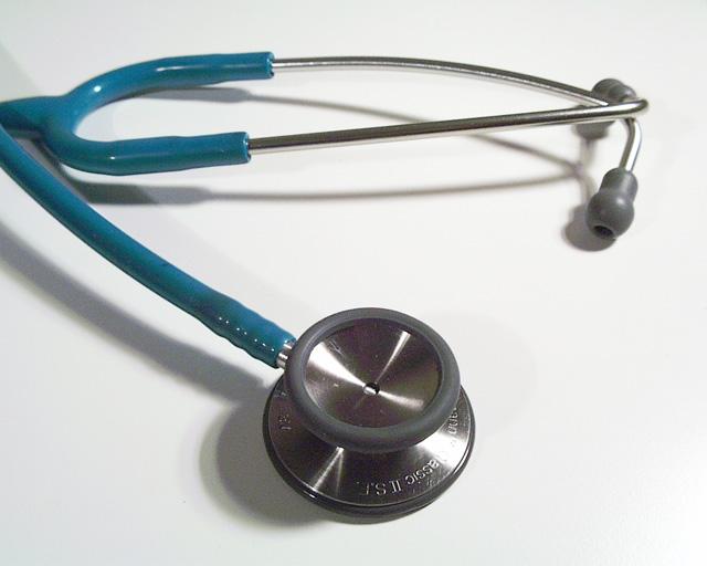 AXA sigue confiando en la tecnología para asegurar tu salud