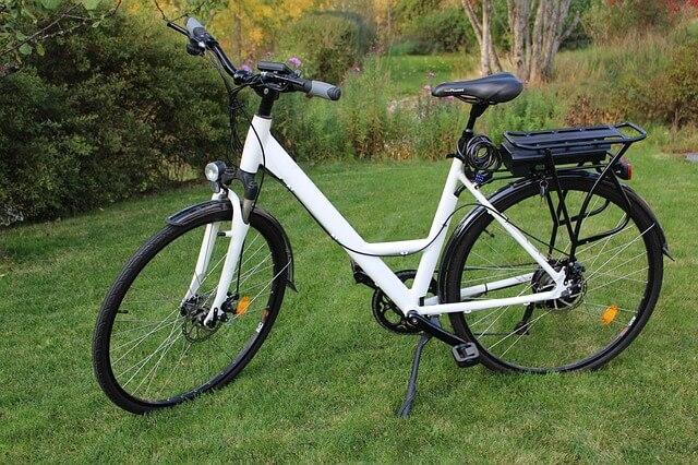 Las bicicletas eléctricas están impulsando un cambio en la movilidad en las ciudades