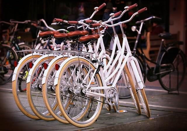 Allianz revela que las bicis son las protagonistas de una quinta parte de los accidentes de tráfico con víctimas mortales
