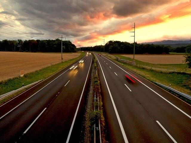 Los seguros de coche deben incluir obligatoriamente la cobertura de responsabilidad civil