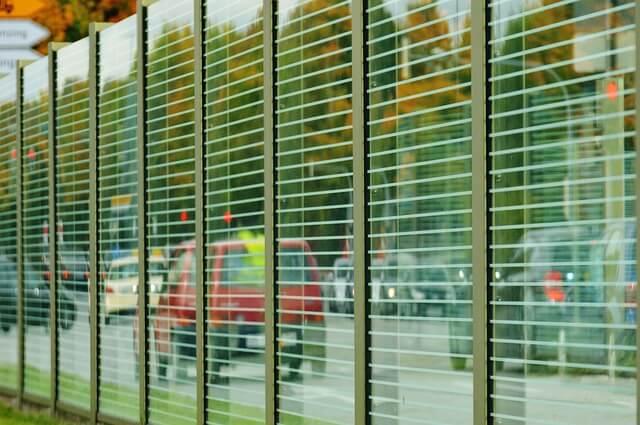 Unos 9 millones de personas en España soportan niveles de ruido superiores a los 65 decibelios que recomienda la OMS