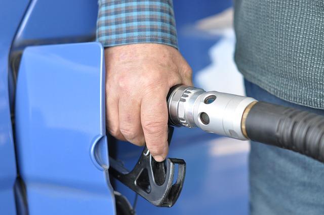 Caser Seguros te ayuda si te confundes de carburante al repostar