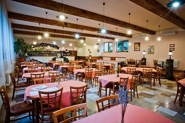 El Seguro de Comercio de Plus Ultra incluye una oferta para bares y restaurantes
