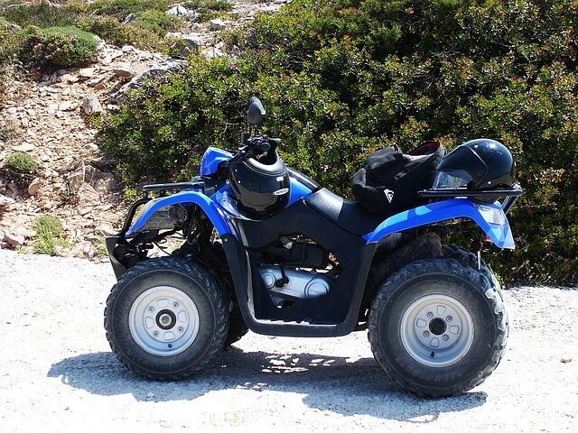 El casco es un seguro de vida para los conductores de quad