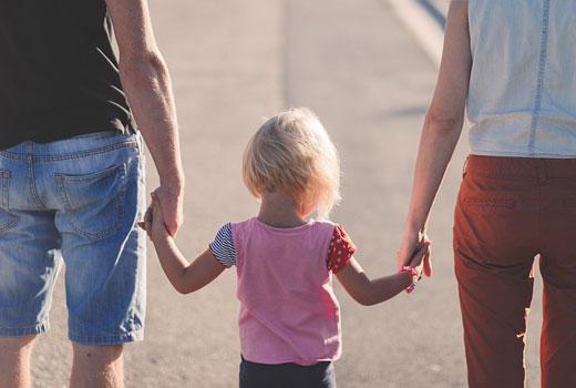 Las familias pueden ahorrar con el Seguro de Salud