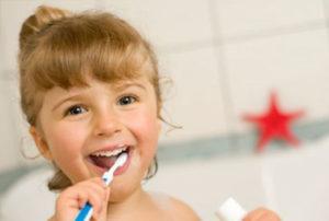 Ventajas de contratar un seguro dental para las familias