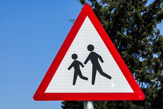 velocidad maxima con niños cruzando