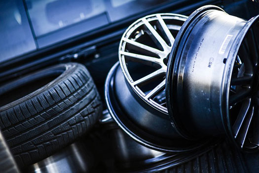 seguro de coche y cobertura de neumaticos