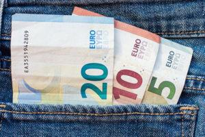 Contratar el Seguro de Vida con el banco es caro