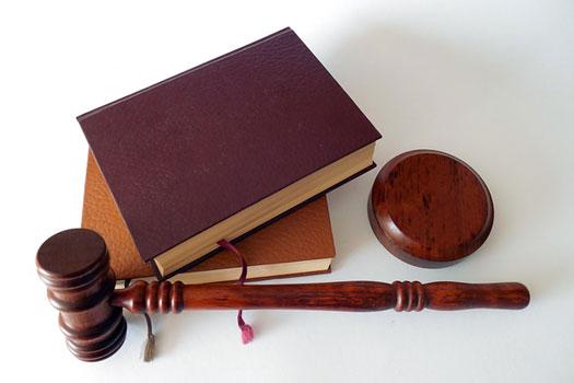 cobertura de defensa jurídica en un juicio