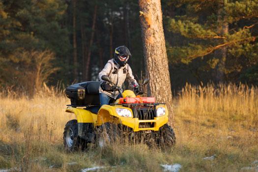 ATV para trabajos en el campo y forestales