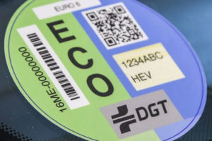 La etiqueta ambiental - coches con distintivo ambiental