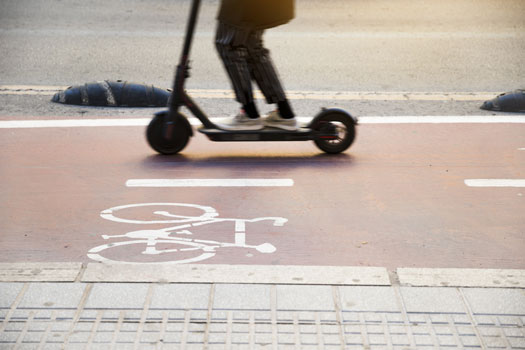 Moverse en patinete eléctrico